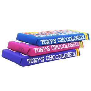 Kamellebuedchen Shop Lakritz Fudge Schokolade Tonys Chocolonley 3er-Set Trio geschlossen gestapelt