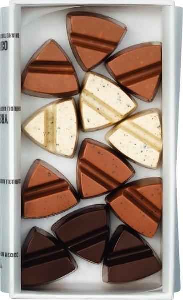 Kamellebuedchen Shop Schokolade Pralinen Simply Chocolate Instead of LFowers Pralinenbox innen neu