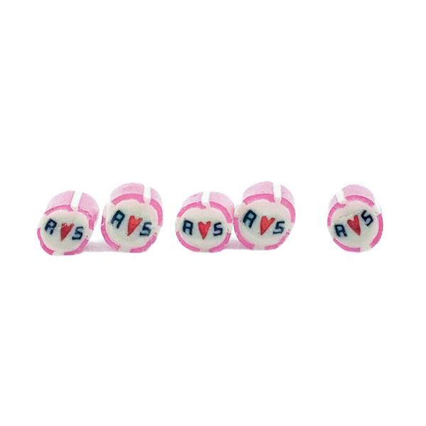 handgemachte Hochzeitsbonbons mit Initialen rosa weiß